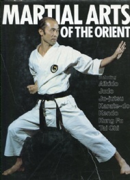 Sportboken - Martial arts of the Orient EXTRA PRIS!